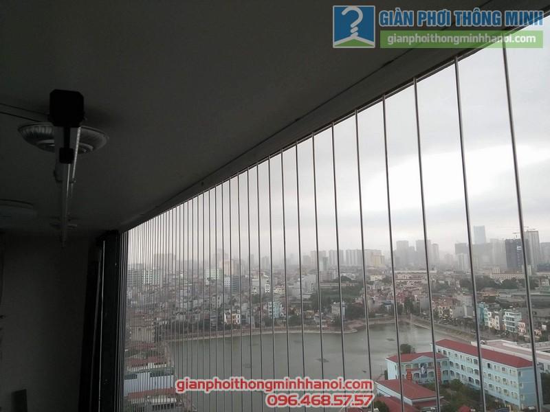 Lắp giàn phơi và lưới an toàn ban công nhà chị Phương, chung cư Five Star số 2 Kim Giang - 07
