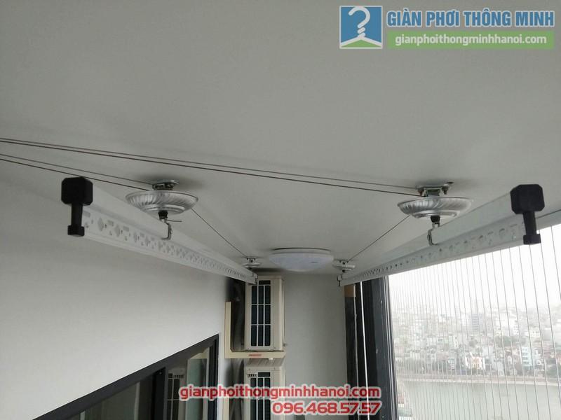 Lắp giàn phơi và lưới an toàn ban công nhà chị Phương, chung cư Five Star số 2 Kim Giang - 08