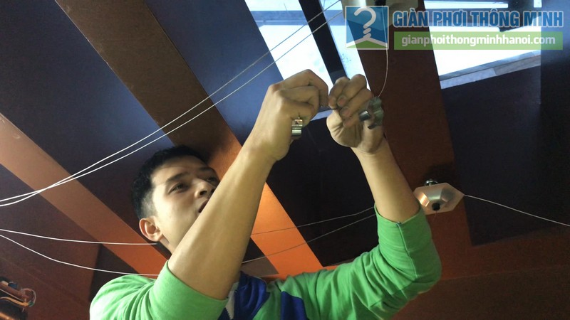 Lắp giàn phơi điện tự động tại Thanh Xuân nhà chị Luận, ngõ 6 Quan Nhân - 02