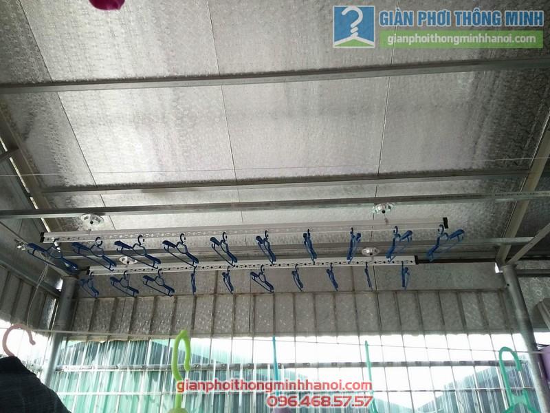 Lắp giàn phơi trần mái tôn nhà cô Mùi, Ngõ 16 Khu văn công Mai Dịch, Cầu giấy, Hà Nội - 03