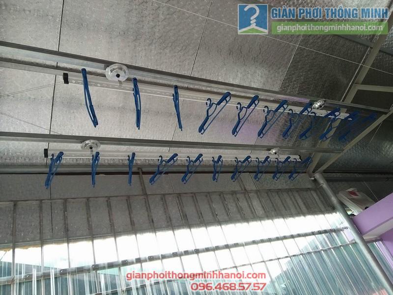 Lắp giàn phơi trần mái tôn nhà cô Mùi, Ngõ 16 Khu văn công Mai Dịch, Cầu giấy, Hà Nội - 04