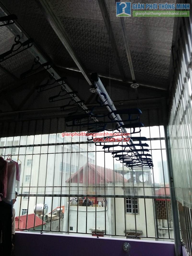 Lắp giàn phơi trần mái tôn nhà cô Mùi, Ngõ 16 Khu văn công Mai Dịch, Cầu giấy, Hà Nội - 06