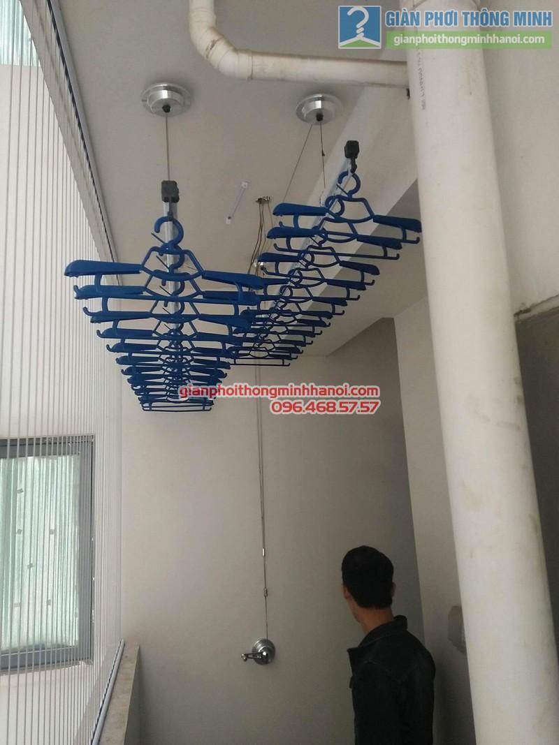 Lắp giàn phơi Hòa Phát Air 701 tại nhà chị Hảo, Chung cư Mulblerry Lane, Hà Đông, Hà Nội - 01