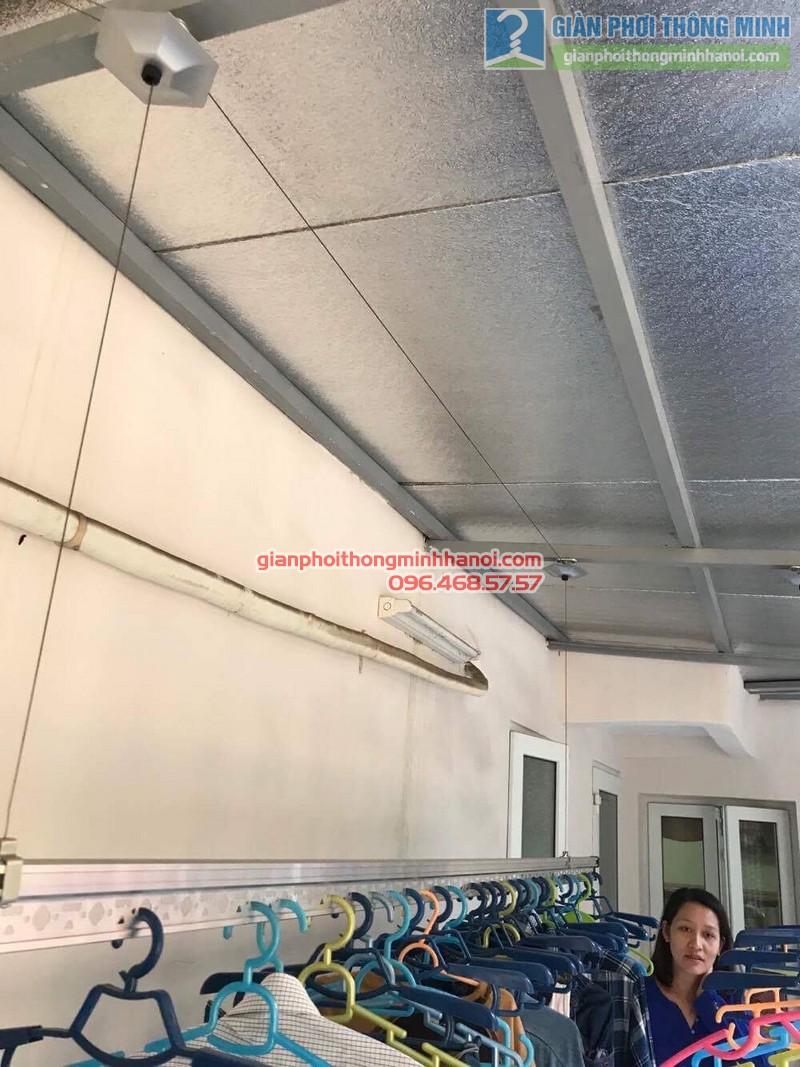 Sửa giàn phơi quần áo nhà chị Linh, ngõ 46 Phạm Ngọc Thạch, Đống Đa, Hà Nội - 04