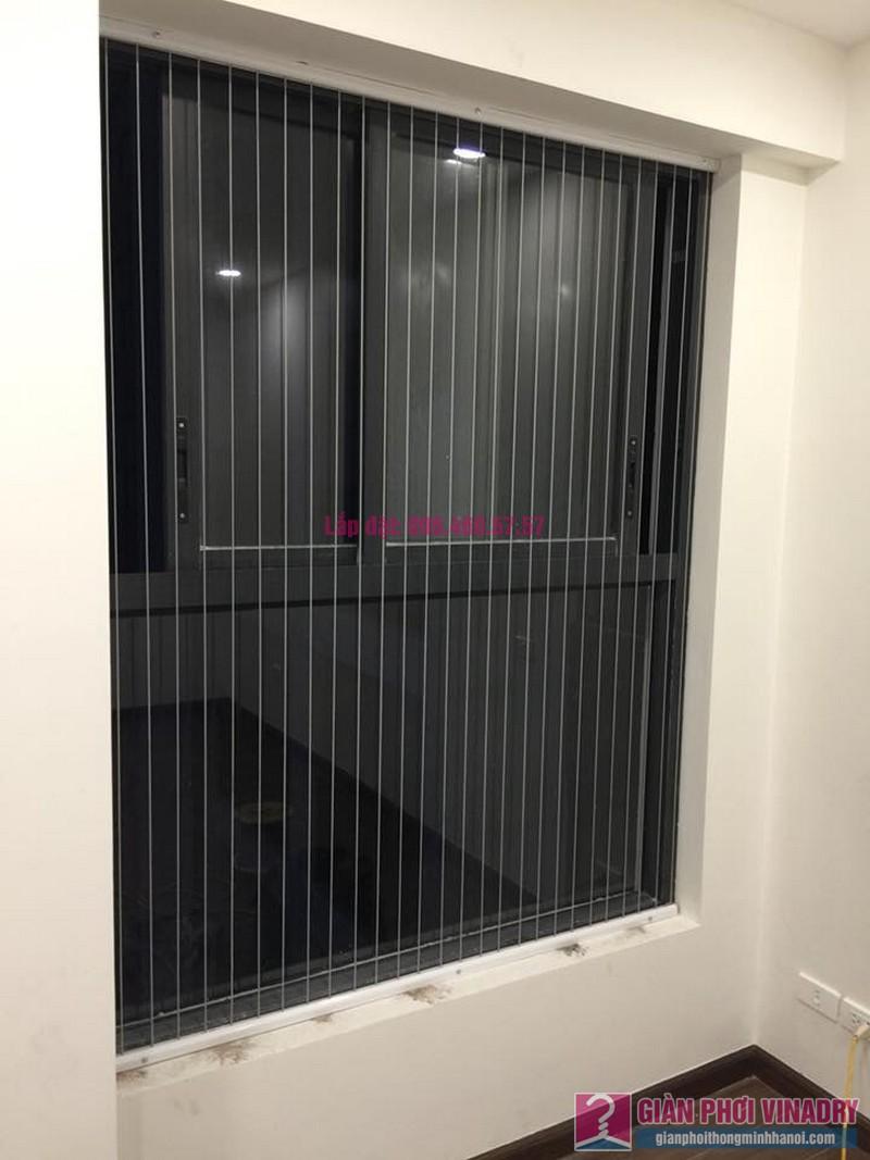 Lắp lưới an toàn cửa sổ cho nhà anh Vui, chung cư Five Star số 2 Kim Giang, Thanh Xuân, Hà Nội - 02
