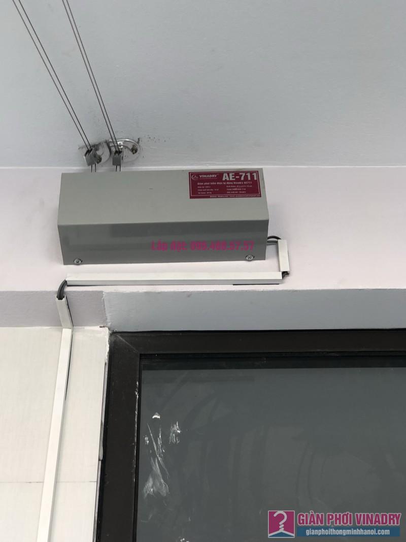 Lắp giàn phơi bấm điện và giàn phơi tay quay liền GP701 nhà chú Khải, khu tái định cư X2A, Yên Sở, Hoàng Mai, Hà Nội - 09