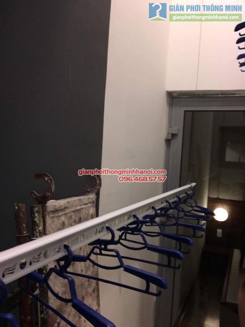 Lắp giàn phơi thông minh Hòa Phát 999B nhà chị Yến, Park 12, Park Hill, Times City - 05
