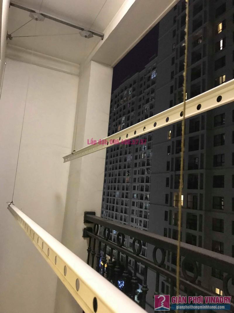 Thay dây cáp giàn phơi nhà chị Vy, tòa T9, Times City - 06