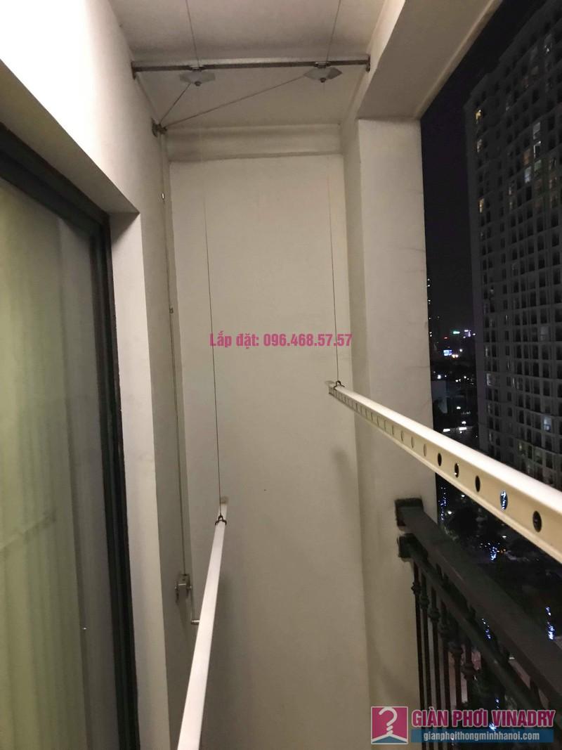 Thay dây cáp giàn phơi nhà chị Vy, tòa T9, Times City - 09