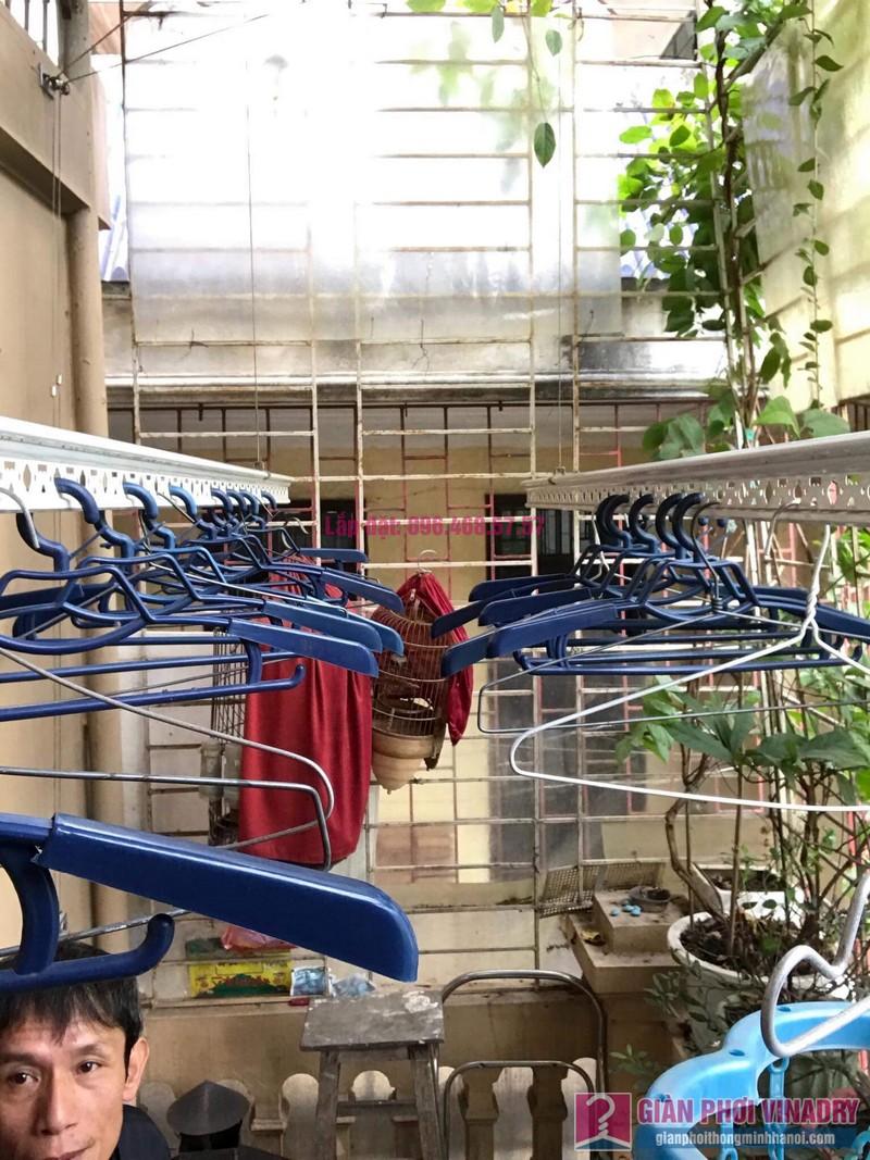 Sửa giàn phơi nhà chú Tuấn, ngõ 161C Đại La, Hai Bà Trưng, Hà Nội - 06