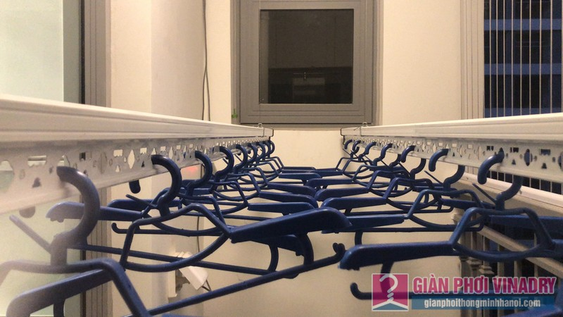 Lắp giàn phơi bấm điện AE711 nhà anh Hội, Park 11, Park Hill Times City - 07