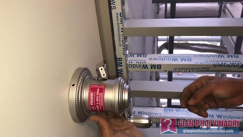 Lắp giàn phơi tay quay liền GP950 nhà chị Huyền, chung cư Vinhome Gardenia Mỹ Đình - 03