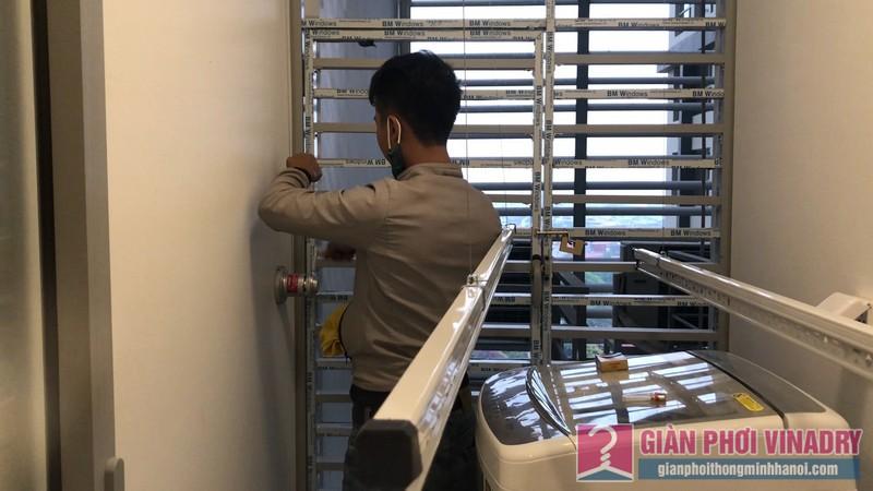 Lắp giàn phơi tay quay liền GP950 nhà chị Huyền, chung cư Vinhome Gardenia Mỹ Đình - 05