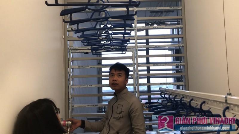 Lắp giàn phơi tay quay liền GP950 nhà chị Huyền, chung cư Vinhome Gardenia Mỹ Đình - 10