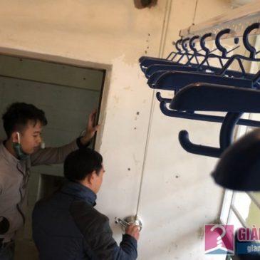 Lắp giàn phơi tay quay liền GP701 nhà anh Thịnh chung cư CT3A Nguyễn Cơ Thạch, KĐT Mỹ Đình II