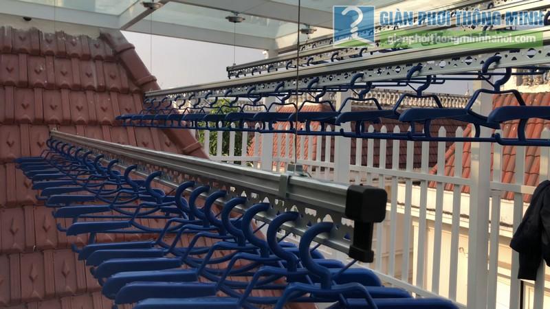 Bộ đôi giàn phơi GP701 được lắp đặt tai nhà chị Hòa, T16 Ciputra Tây Hồ, Hà Nội - 12