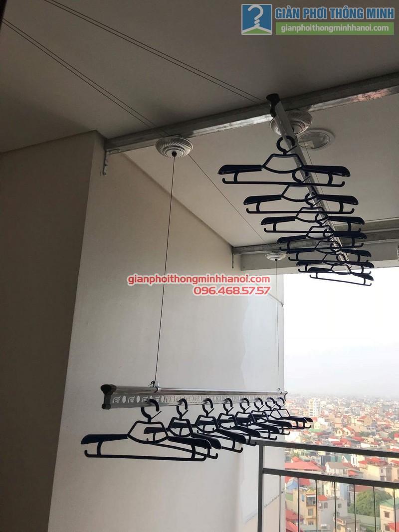 Lắp giàn phơi Long Biên nhà chị Liên, chung cư Mipec Long Biên, Hà Nội - 04