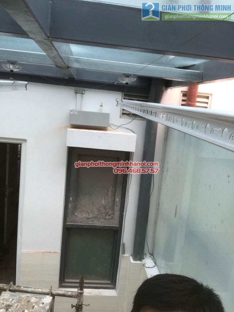 Lắp giàn phơi điện tự động nhà anh Tú, KĐT gamuda garden, Hoàng Mai, Hà Nội - 06