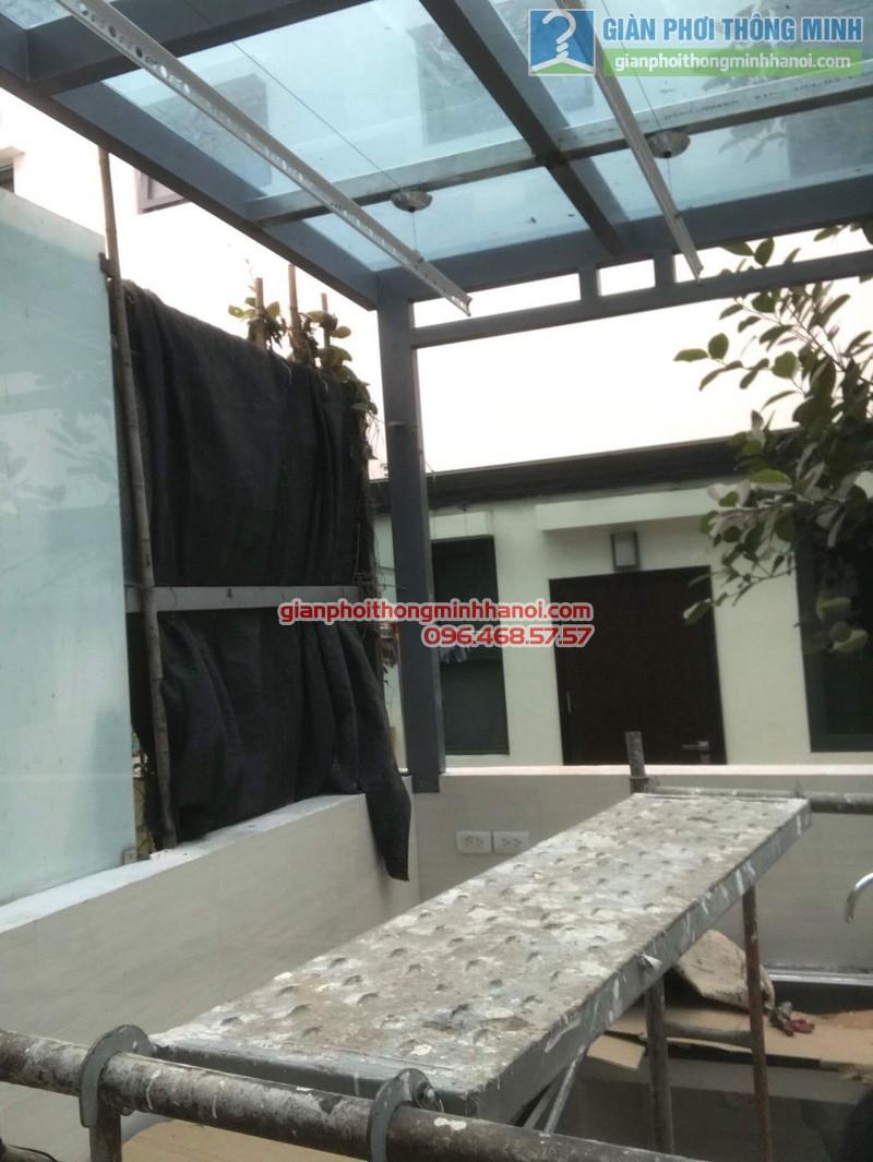 Lắp giàn phơi điện tự động nhà anh Tú, KĐT gamuda garden, Hoàng Mai, Hà Nội - 07