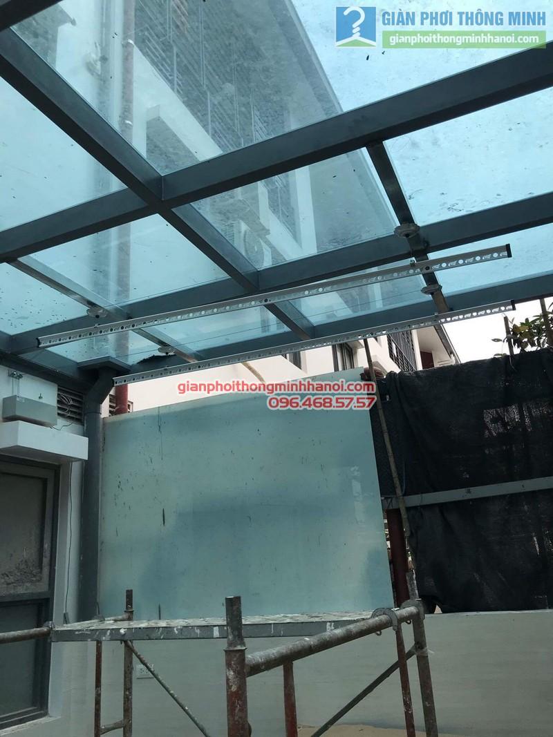 Lắp giàn phơi điện tự động nhà anh Tú, KĐT gamuda garden, Hoàng Mai, Hà Nội - 09