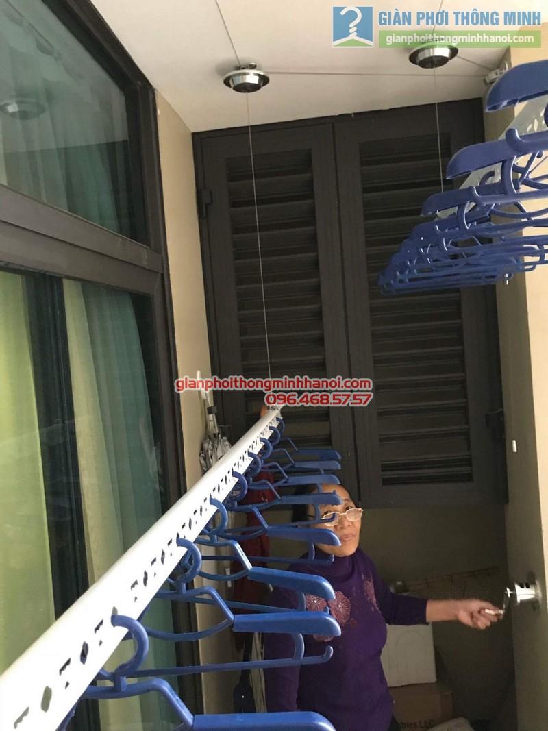 Lắp giàn phơi Hai Bà Trưng nhà cô Mị, chung cư Vincom Bà Triệu - 03