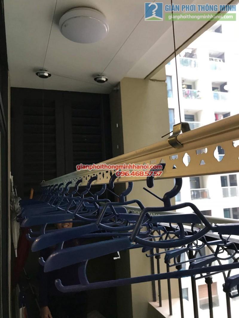 Lắp giàn phơi Hai Bà Trưng nhà cô Mị, chung cư Vincom Bà Triệu - 07