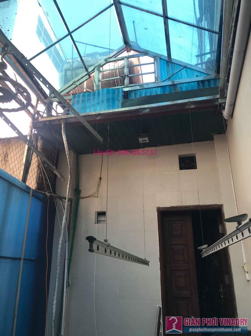 Sửa giàn phơi nhà chị Thúy, 12 Hàng Bài, Hoàn Kiếm, Hà Nội - 01