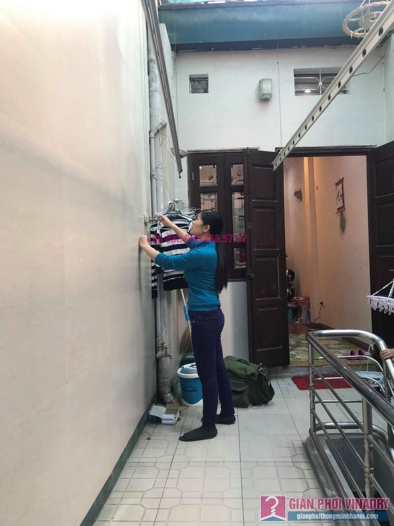 Sửa giàn phơi nhà chị Thúy, 12 Hàng Bài, Hoàn Kiếm, Hà Nội - 02