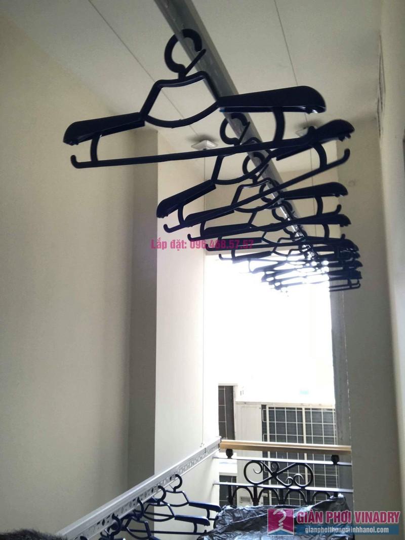 Lắp giàn phơi 950 nhà cô Mùi, chung cư Hòa Bình Green City, 505 Minh Khai, Hai bà Trưng - 03