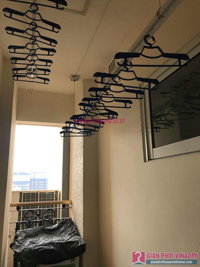 Lắp giàn phơi 950 nhà cô Mùi, chung cư Hòa Bình Green City, 505 Minh Khai, Hai bà Trưng - 05
