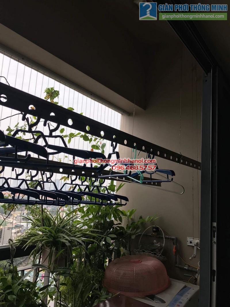 Sửa giàn phơi nhà chị Nguyên, chung cư Capital Garden, 102 Trường Trinh, Đống Đa, Hà Nội - 02