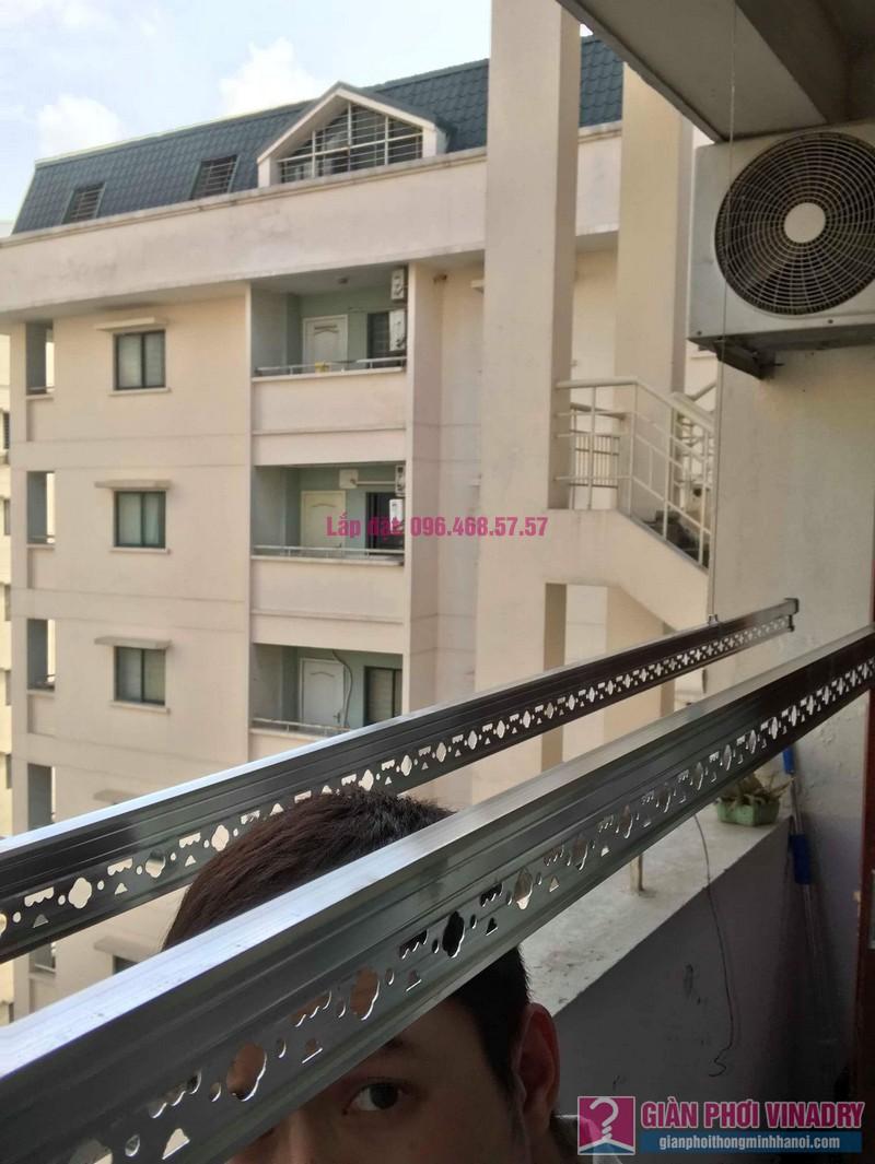 Lắp giàn phơi Hòa Phát 999B nhà chị Nhiên, chung cư CT3 - 1 Mễ trì hạ, Nam Từ Liêm, Hà Nội - 07