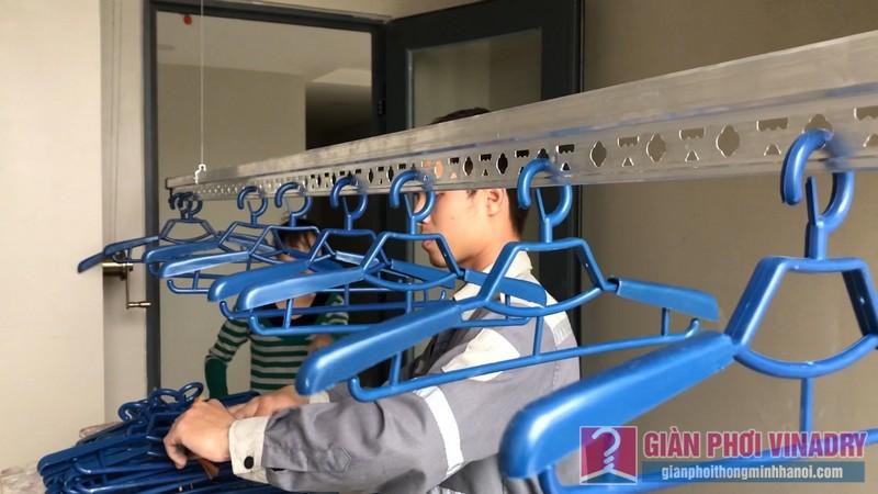 Lắp giàn phơi đồ thông minh nhà chị Thảo, chung cư CT2E VOV Mễ Trì, Nam Từ Liêm, Hà Nội - 09