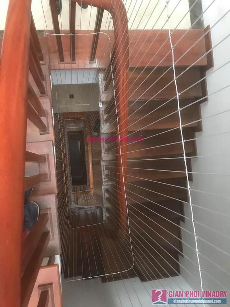 Lắp lưới an toàn cầu thang trường mầm non Hoa Anh Đào, Bắc Từ Liêm, Hà Nội - 01
