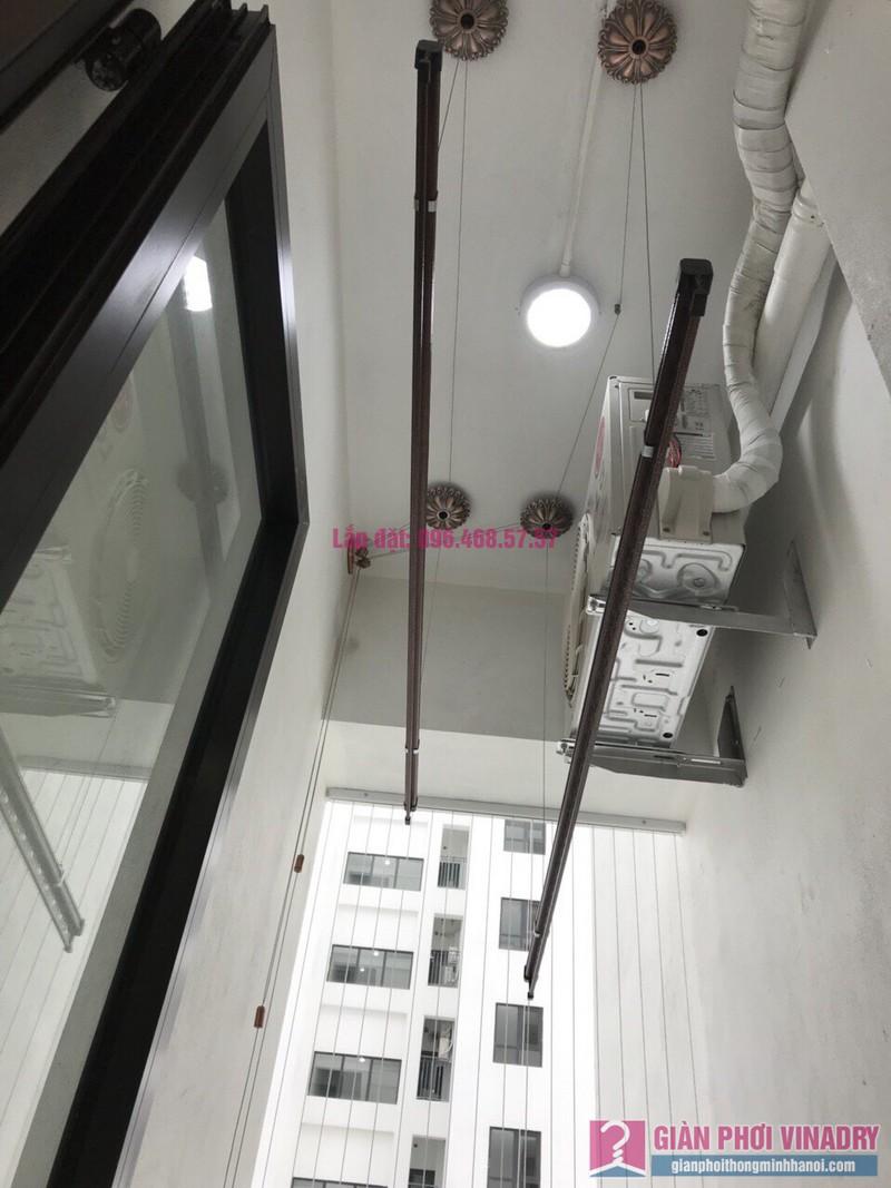Lắp giàn phơi nhập khẩu nhà chị Nhung, Park Hill Times City - 04