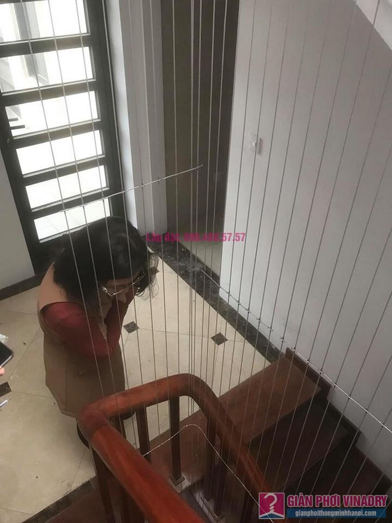 Lắp lưới an toàn cầu thang trường mầm non Hoa Anh Đào, Bắc Từ Liêm, Hà Nội - 02