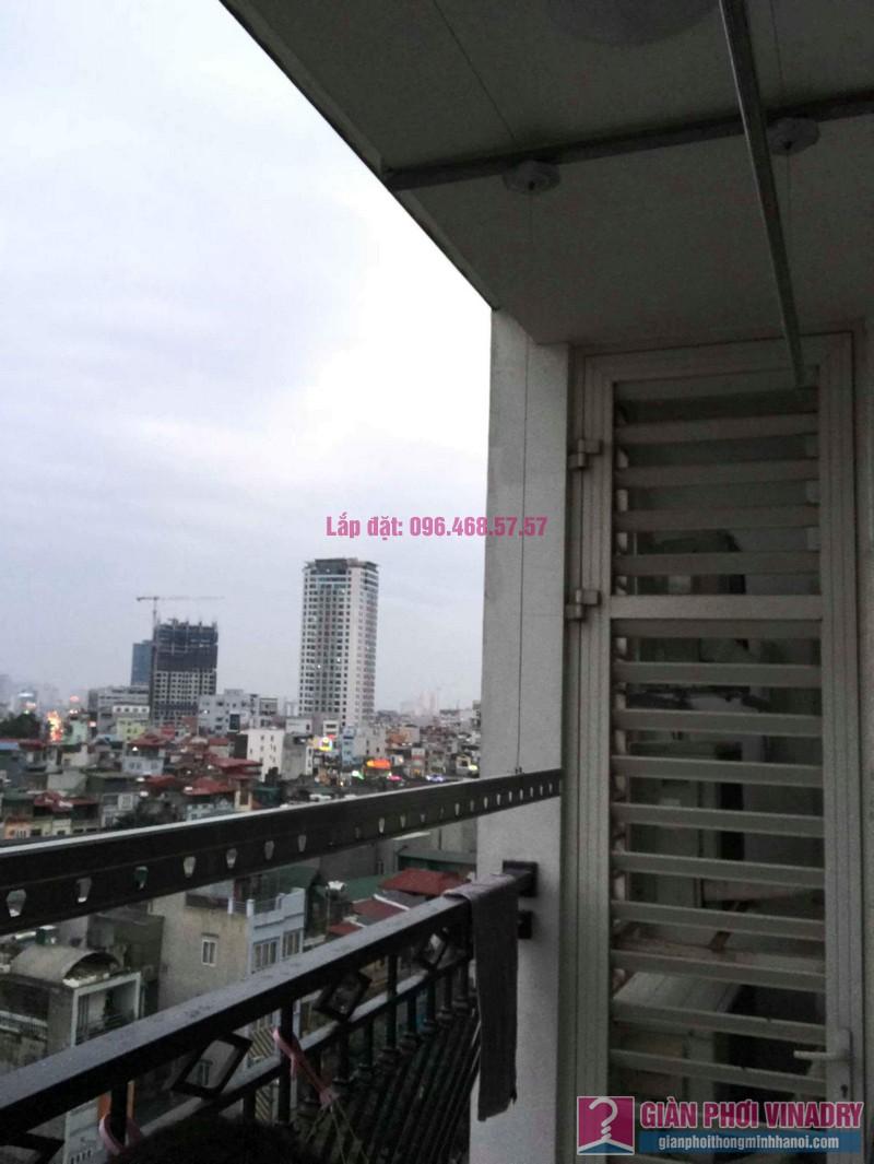 Sửa giàn phơi quần áo nhà chị Hải, tòa R3a, Royal City - 07
