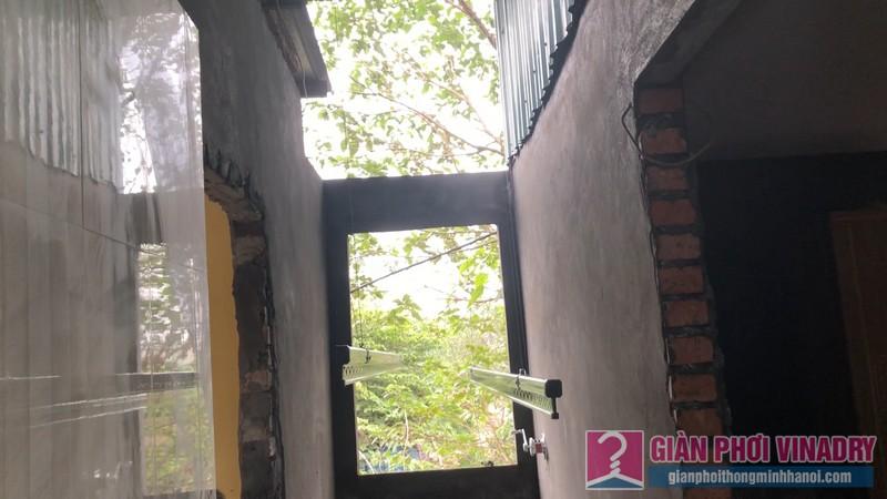 Lắp giàn phơi quần áo nhà chi Đào, Long Biên, Hà Nội - 01