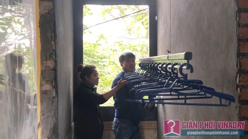 Lắp giàn phơi quần áo nhà chi Đào, Long Biên, Hà Nội - 06