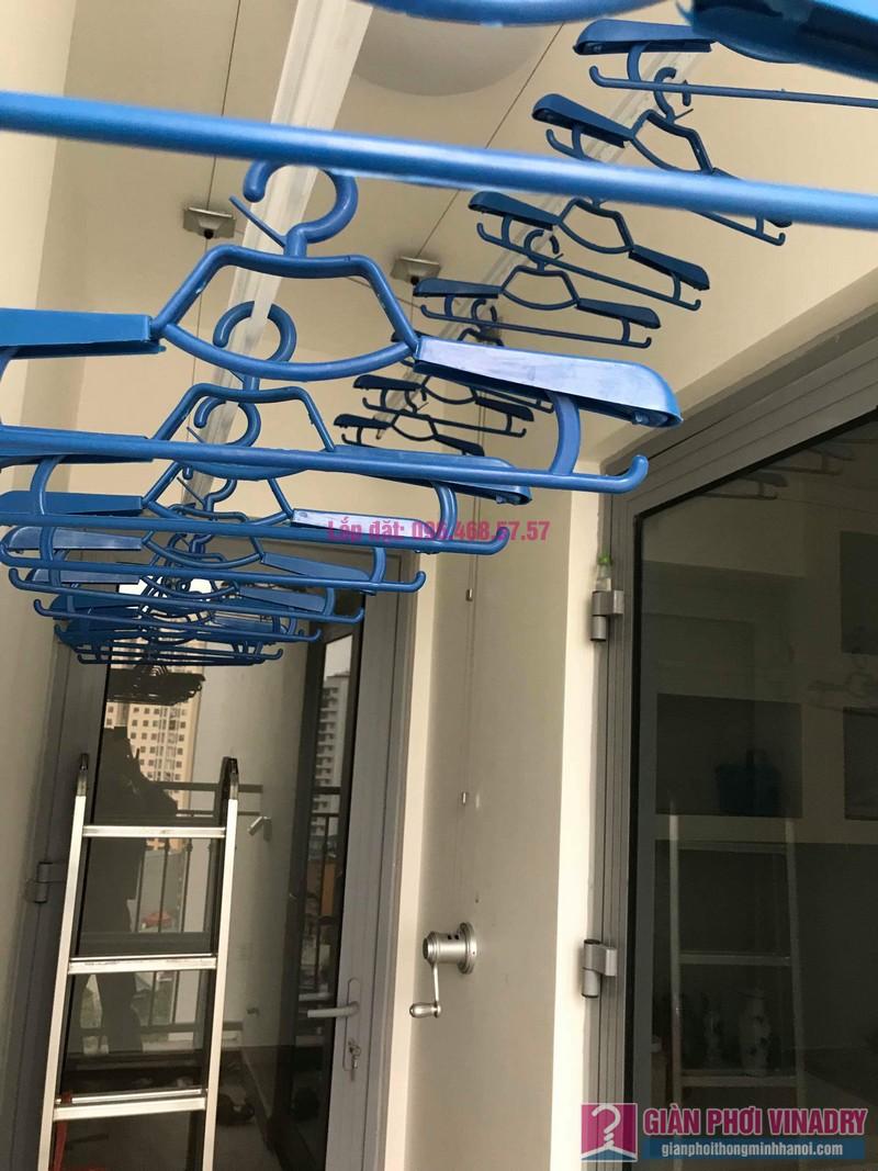 Lắp giàn phơi Hai Bà Trưng nhà chị Thùy, Park 12, Park Hill Times City - 01