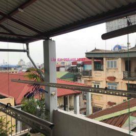 Sửa giàn phơi nhà chú Nam, ngõ 13 Lĩnh Nam, Mai Động, Hoàng Mai, Hà Nội