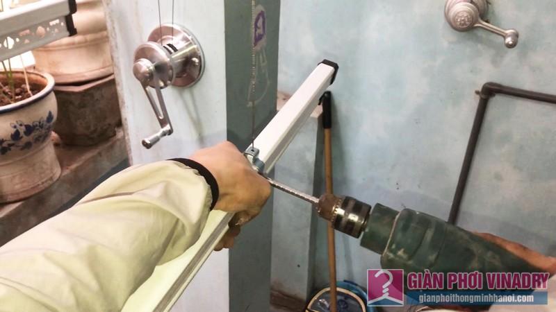 Lắp thanh phơi, cố định đai ống