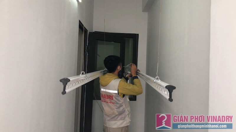 Lắp giàn phơi nhà anh Tâm, chung cư Xuân Mai Conplex, Hà Đông, Hà Nội - 07