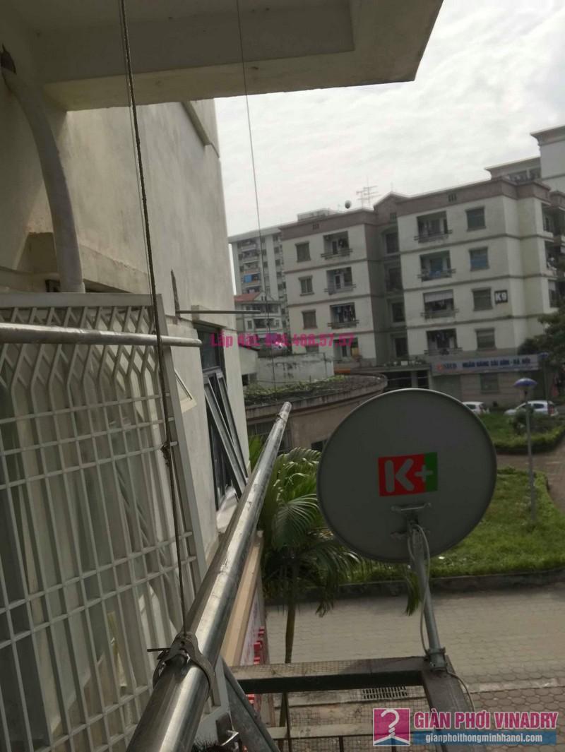 Sửa giàn phơi quần áo nhà chị Chuyên, căn 202 chung cư K8, KĐT Việt Hưng, Long Biên, Hà Nội - 02