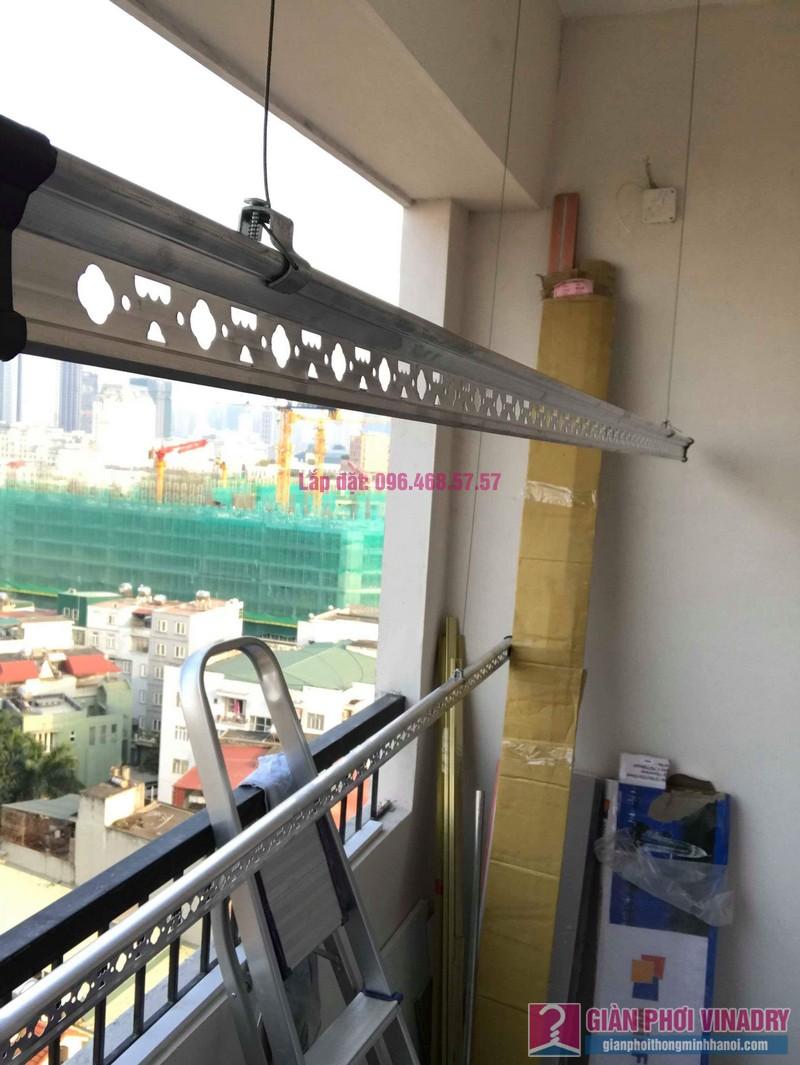 Lắp giàn phơi quần áo nhà chị Mai, chung cư Tăng Thiết Giáp, Đình Thôn, Nam Từ Liêm, Hà Nội - 04