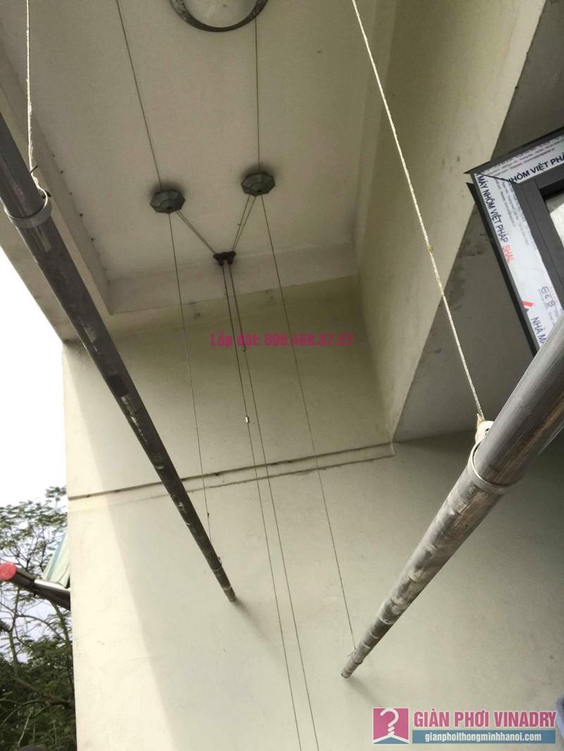 Sửa giàn phơi quần áo nhà chị Chuyên, căn 202 chung cư K8, KĐT Việt Hưng, Long Biên, Hà Nội - 05