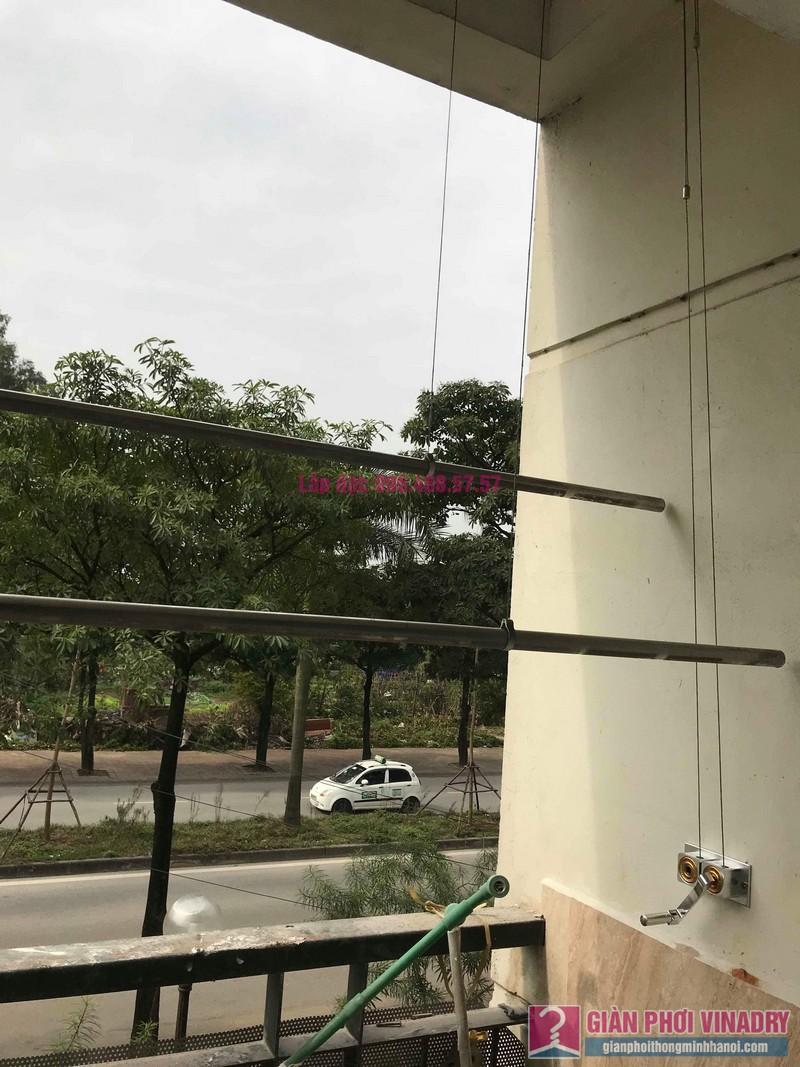 Sửa giàn phơi quần áo nhà chị Chuyên, căn 202 chung cư K8, KĐT Việt Hưng, Long Biên, Hà Nội - 07