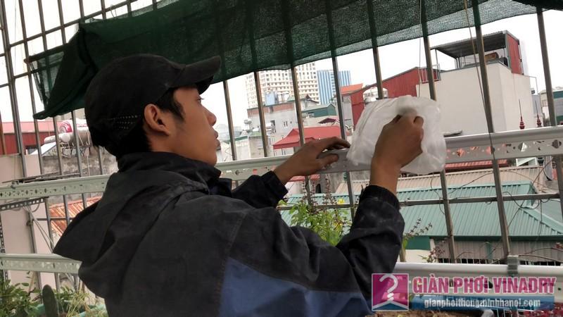 Lắp giàn phơi cho trần mái tôn nhà cô Khôi, ngách 10, ngõ 15 Gốc Đề, Minh Khai, Hà Nội - 05
