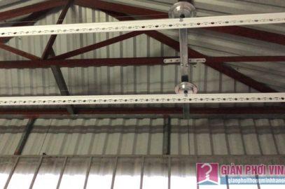 Lắp giàn phơi cho trần mái tôn nhà cô Khôi, ngách 10, ngõ 15 Gốc Đề, Minh Khai, Hà Nội