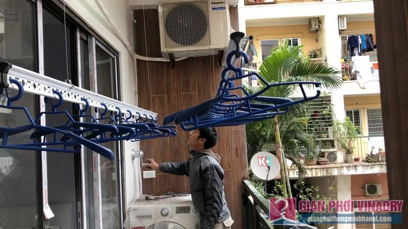 Lắp 2 bộ giàn phơi quần áo 950 nhà chị Bích, chung cư H8, KĐT Việt Hưng, Long Biên, Hà Nội - 07